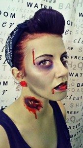 PIN UP ZOMBIE 2NOV